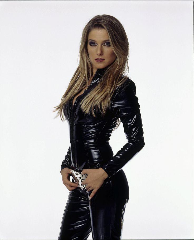 https://flic.kr/p/HRg8kA | Jeanette Biedermann in vinyl catsuit