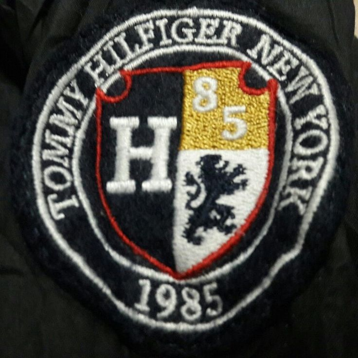 Tommy Hiliger windbreaker jacket for Sale.. New Upload!!