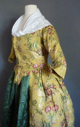 Robe a la Polonaise, silk fabric from 1760's, the dress 1775-80 (side view detail)