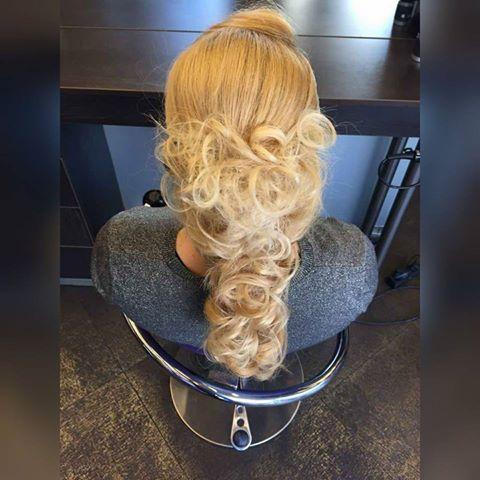 #hairstyle #blondhair #prettyhair #oiepikefalis
