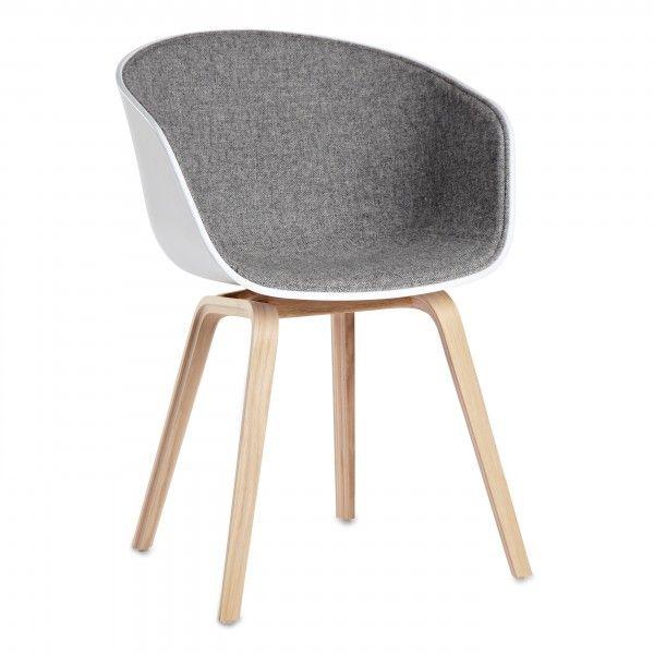 Hay About a Chair AAC22 gestoffeerde stoel | FLINDERS verzendt gratis