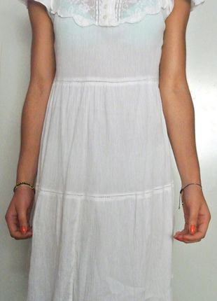 A vendre sur #vinted ! http://www.vinted.fr/femme/robes-casual/9165816-robe-hm-legere-blanche