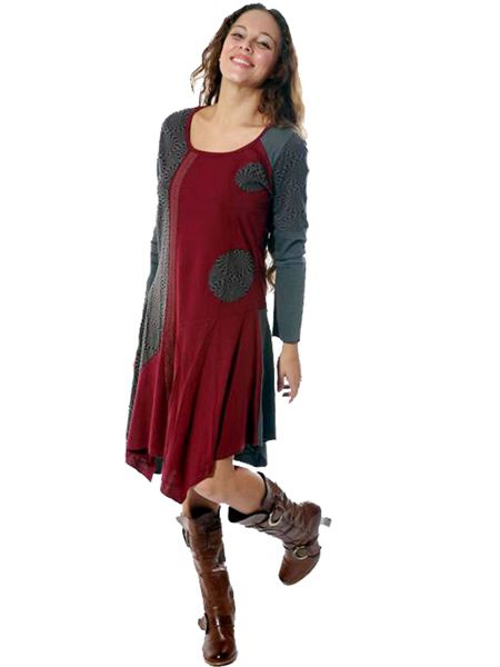 Viscose and cotton dress with mandala patches and lace trimmings. A creation from the Kathmandu Valley in Nepal.
