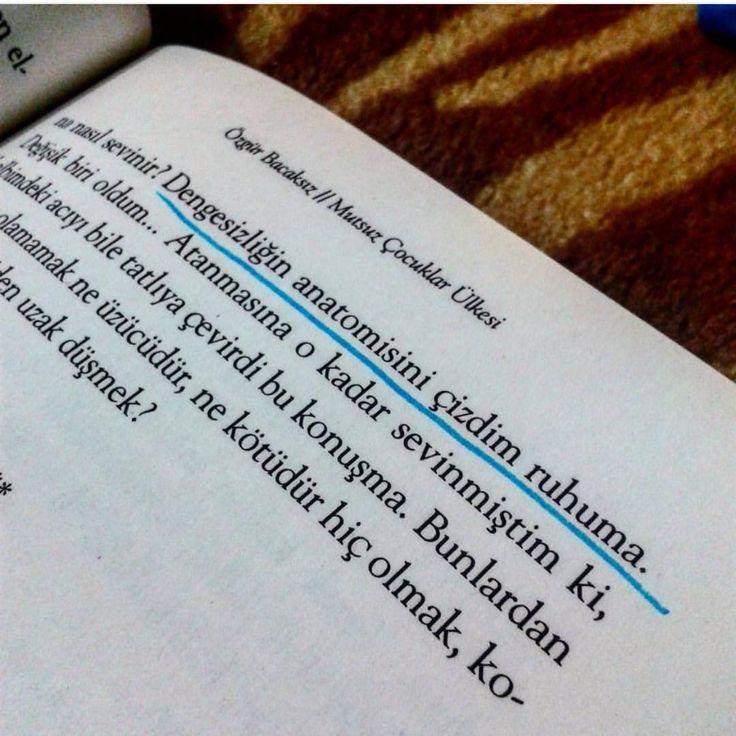 Dengesizliğin anatomisini çizdim ruhuma.   - Özgür Bacaksız / Mutsuz Çocuklar Ülkesi  (Kaynak: Instagram - kitapklubu)  #sözler #anlamlısözler #güzelsözler #manalısözler #özlüsözler #alıntı #alıntılar #alıntıdır #alıntısözler #şiir #edebiyat #kitap #kitapsözleri #kitapalıntıları