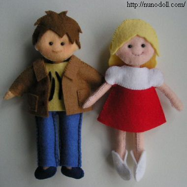 Felt doll pattern with hair and clothes