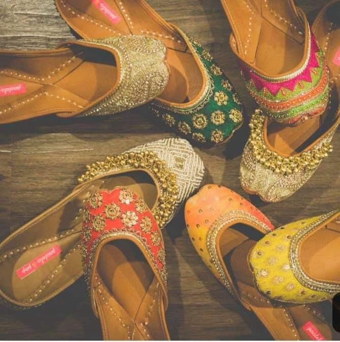 Rajasthani Mojdi Handcrafted Designer Bellies Indian Shoes