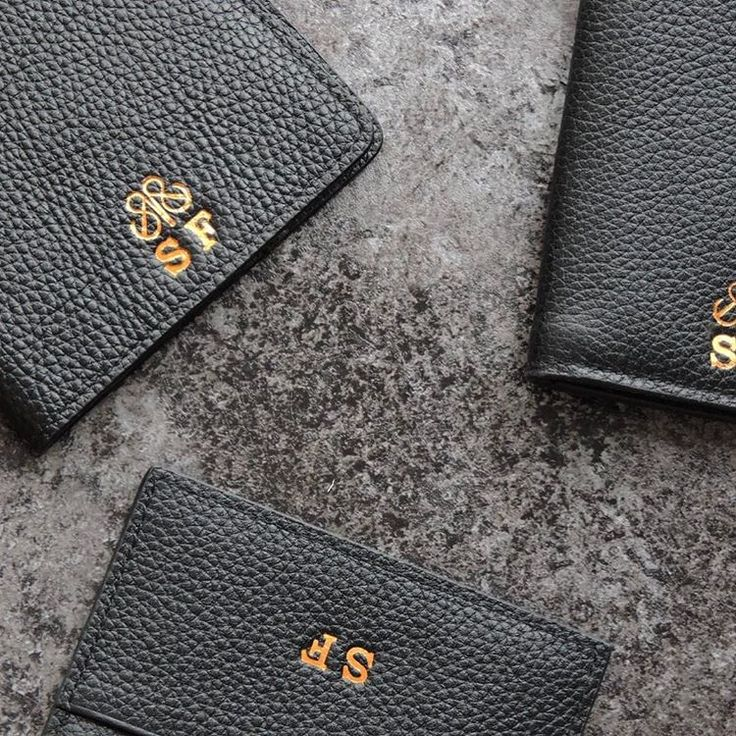 Personalize leather accessories  #serapaktugleathergoods #details #wallet #cardholder #cardcase #style #fashion #initial #personalize #customize #luxe #accessories #handcrafted #basedinistanbul