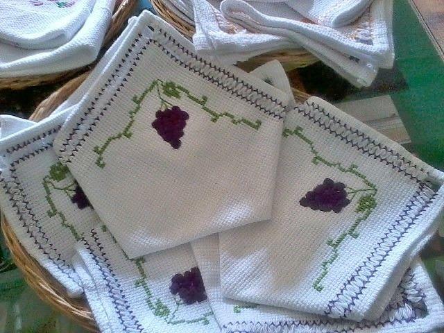 Diseño con uvas, para un té y también para un almuerzo!