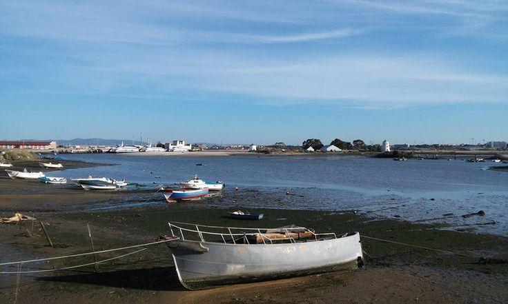 Maré Baixa Low Tide — em Barreiro on the Beach.