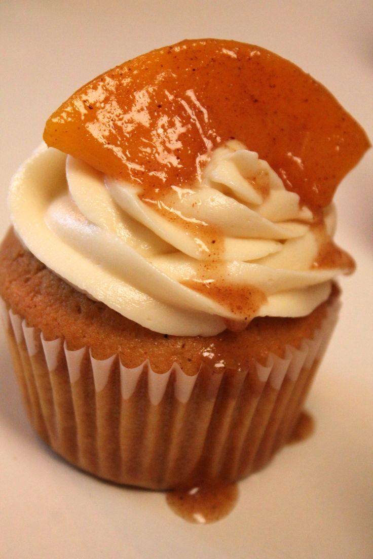 peach cobbler cupcake 2