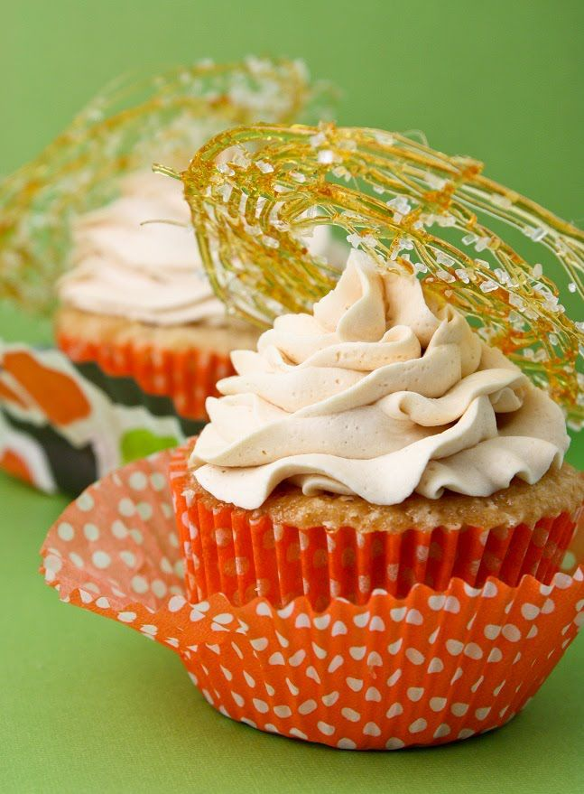 Sprinkle Bakes: Triple Salted Caramel Cupcakes - Christine made these amazing cupcakes.  Sugar art and all!