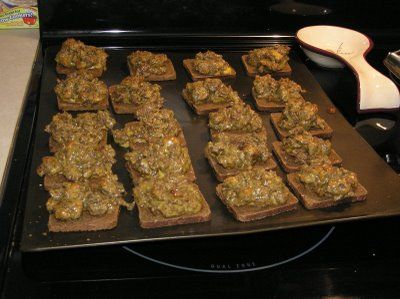 Have made these for years. Ground meat or sausage (I prefer sausage), velveeta on rye bread =Rye bread pizza...yum!