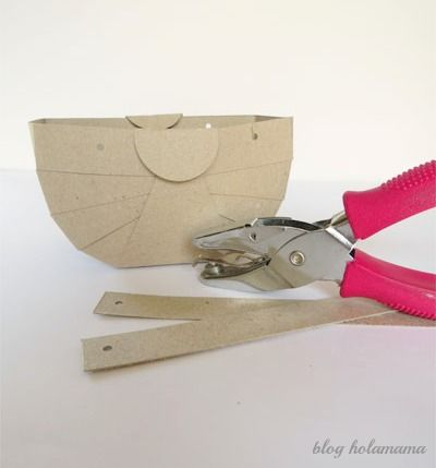 Cute Cardboard Basket Tutorial by Hola Mama