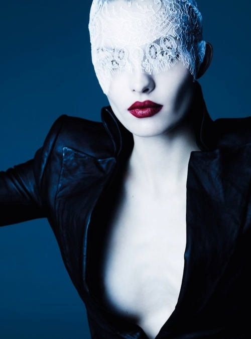 great lips: Ben Hassett, Fashion, Germany December, December 2011, Carola Remer, Vogue Germany, Beauty, Photography
