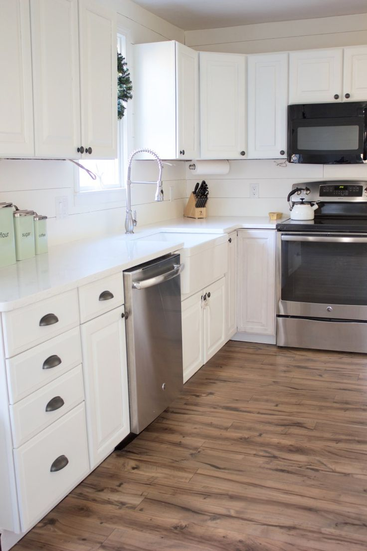 Kitchen Progress: Pergo Flooring Before and After | Remodeling ideas ...