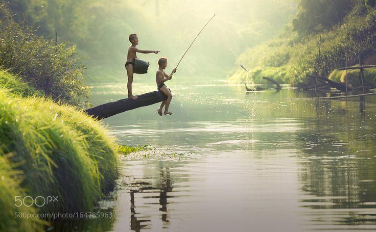 Fishing Boys by SasinTipchai
