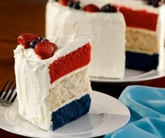 4th of July Independence Day Cake ~ Pretty red, white and blue