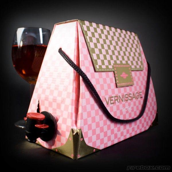 1000 id es sur le th me sacs vin sur pinterest cadeaux de vin bouteilles de vin et verre de vin. Black Bedroom Furniture Sets. Home Design Ideas