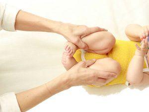 Remedios naturales infalibles para el estreñimiento de tu bebé