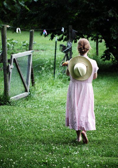 Bringing down the lemonade jug. See The farmhouse to see who is craving lemonade today.................