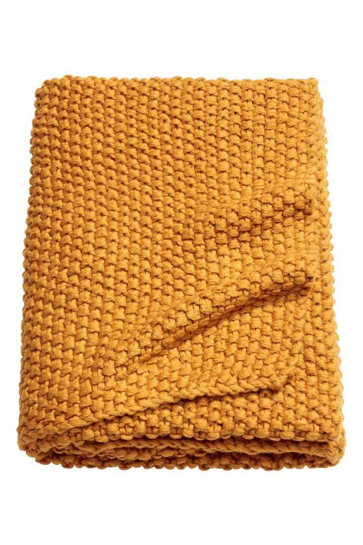 les 25 meilleures id es de la cat gorie plaid jaune moutarde sur pinterest plaid pompom plaid. Black Bedroom Furniture Sets. Home Design Ideas
