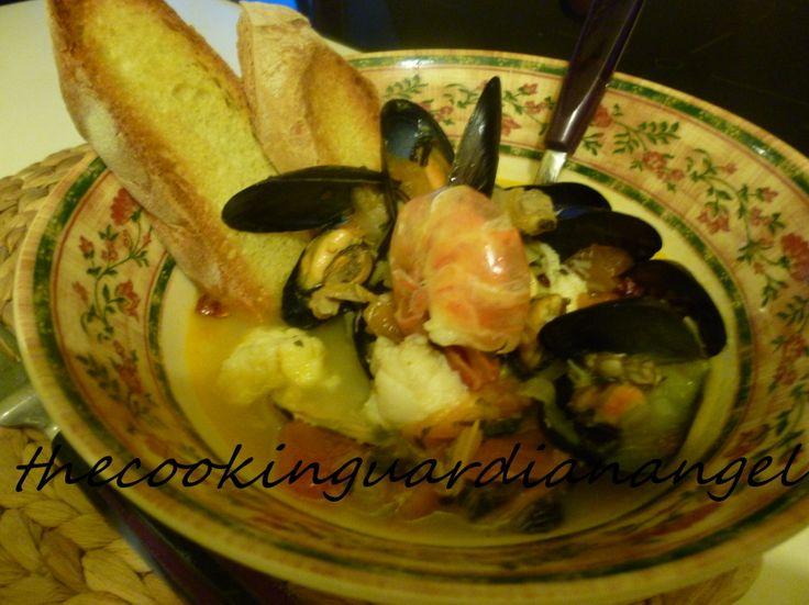 Profumatissima zuppa di frutti di mare- Seafood soup