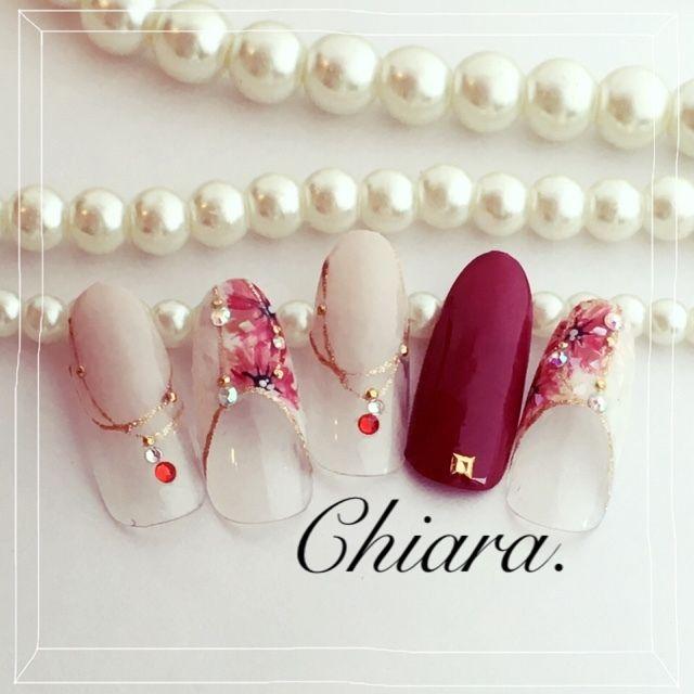 YokoShikata♡キアラさんのミディアム,ベージュ,レッド,ボルドー,シェルネイル♪[1771038]|ネイルブック