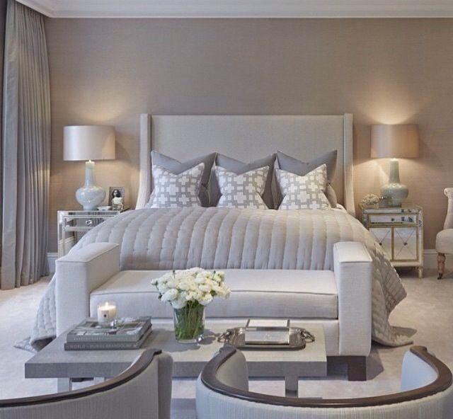 Dormitorio en tonos grises. Ideas decoración #dormitorios