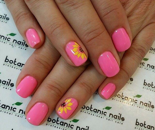 Sunflower spring nails
