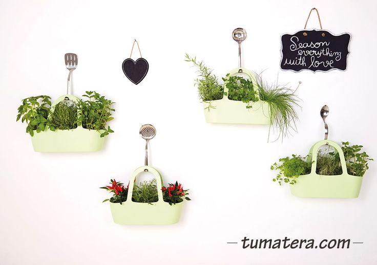 Encuentralas en: http://www.tumatera.co/products/mpa-431634-cartera-jasmine-04/