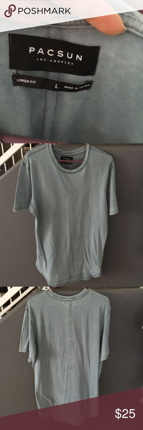 Pacsun longer fit scalloped tshirt Scalloped on the bottom  Worn twice PacSun Shirts Tees - Short Sleeve