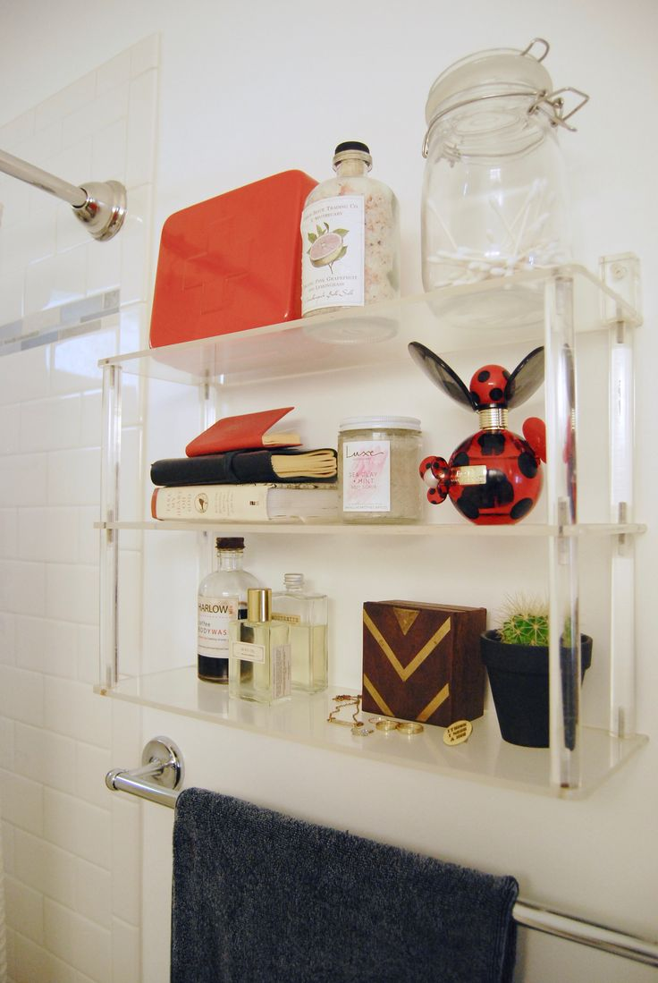 How to Love Your Tiny Rental Bathroom
