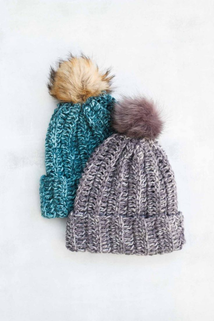 Follow Jess Coppom's step by step video tutorial and learn how to make a delicious, squishy beanie hat in under 2 hours!