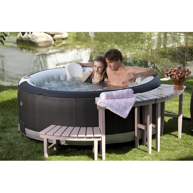 les 25 meilleures id es de la cat gorie spa gonflable sur pinterest jacuzzi gonflable piscine. Black Bedroom Furniture Sets. Home Design Ideas
