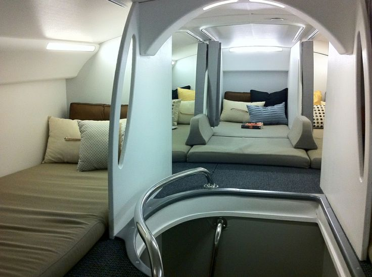 Pin by Ricardo Oliveira on Aircraft Interior | Pinterest