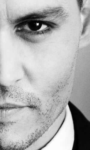 Johnny Depp Esse olho....