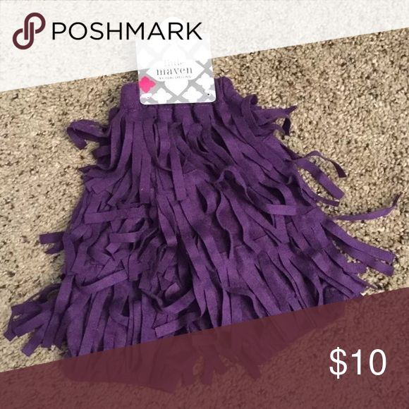 Girls little maven purple fringe leg warmers 4-6Y Adorable little mavin (by Tori Spelling) purple fringe leg warmers, size 4-6Y.  Brand new with tags, retail $22.  From a pet and smoke free home. little maven Accessories Socks & Tights