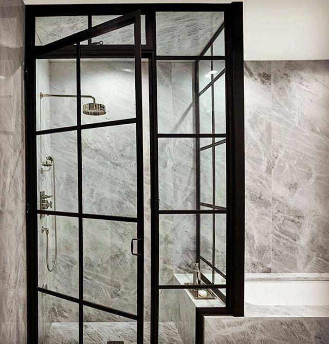 Cool! @Regrann from @vallonia_interior -  Kontrasten  #badrum #dusch #marmor #rumsavskiljare #skiljevägg #stallfönster #badrumsdrömmar #badrumsrenovering #duschdörrar #inredning #inredningsdetaljer #interiör #bathroomdesign #inspo #design #steelframe #doors #glassdoor #shower #interior #interiors - #regrann