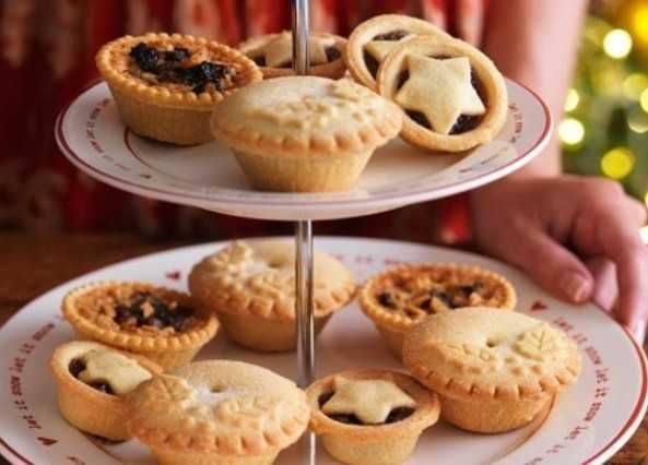 This buttery homemade mince pie recipe with a festive mincemeat filling is great with a touch of whisky. Visit homemadebyyou.co.uk at Sainsbury's today