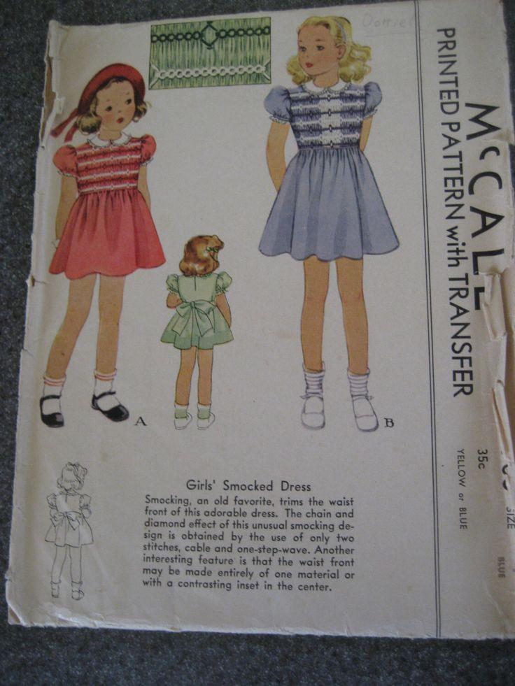 Le ragazze modello McCall 705 Smocked abito Vintage di dimensione 4 anni trenta di gngsvintage su Etsy https://www.etsy.com/it/listing/121636111/le-ragazze-modello-mccall-705-smocked