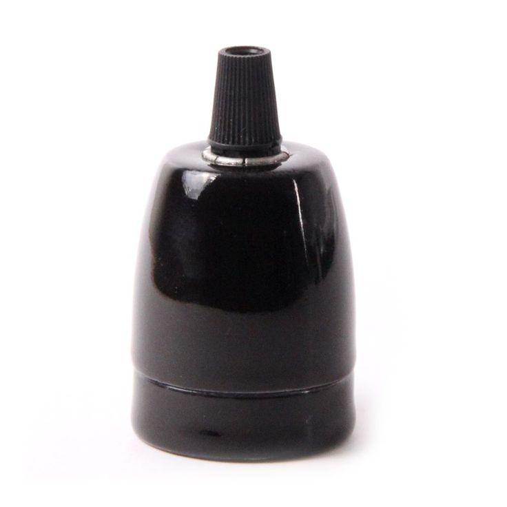 Porcelánové kvalitnéobjímky v elegantnomštýle pre žiarovky s päticou E27. Vybavená skrutkou pre zabránenie vytiahnutia kábla zo zásuvky