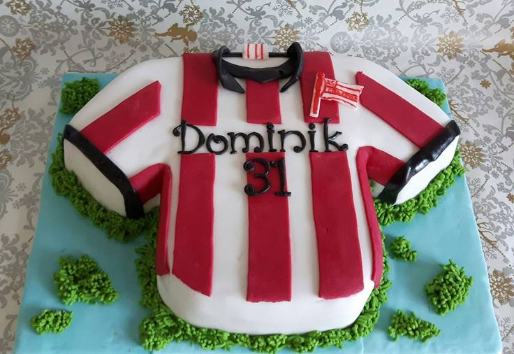 Cracovia shirt cake