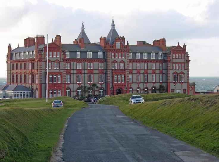 The Headland Hotel, Newquay. Yummy afternoon tea!