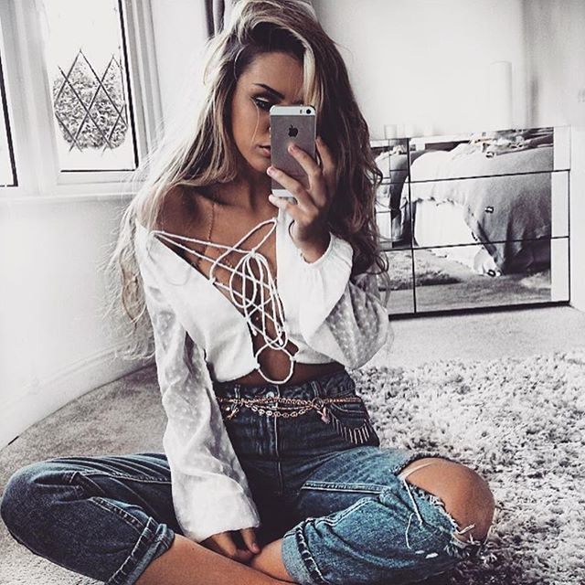 Vydia Tie Top   #SaboSkirt  White and denim = our fave combo. @mais_jo