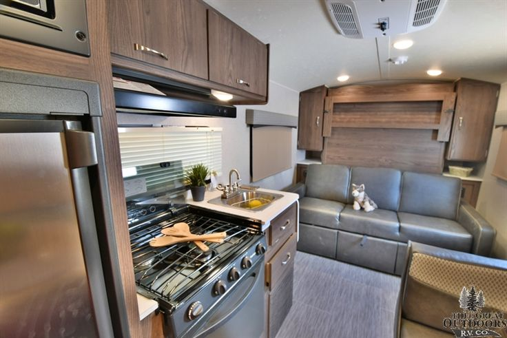 Brand new to The Great Outdoors RV, the Geo Pro line from Rockwood is a great choice in a lightweight travel trailer. The G19FD features a king dinette that folds into a bed, bonded windows, a heated mattress, 20K BTU furnace, and an outside speaker that will allow you to relax and enjoy the shade under your power awning. Visit us today to see why the Geo Pro line is right for your family!