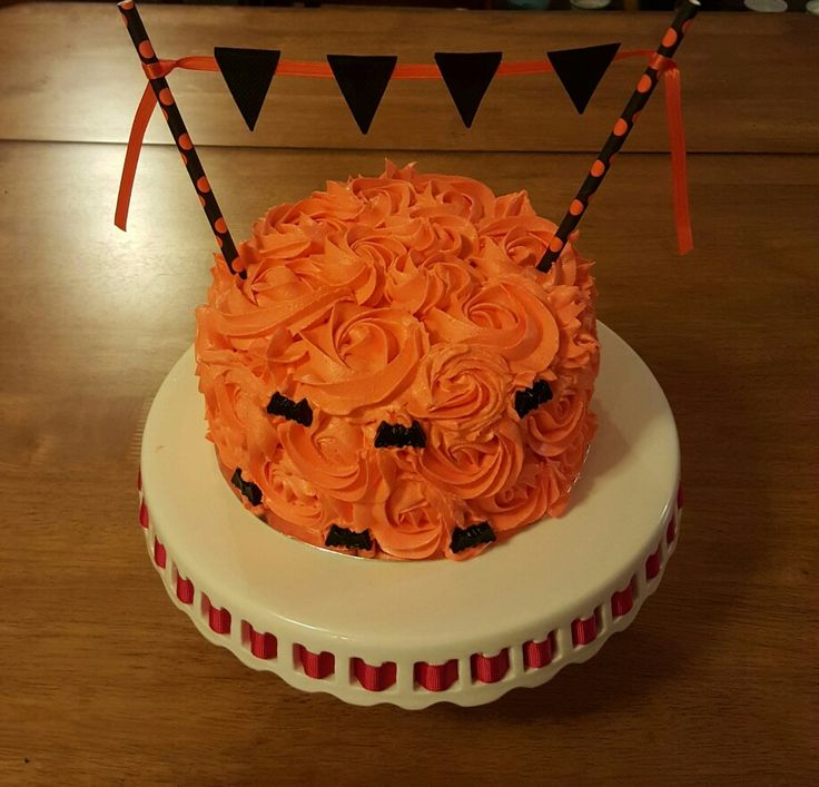 Cake Ideas For Halloween : Best 25+ Halloween smash cake ideas on Pinterest Smash ...