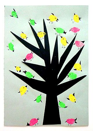 finger paints on winter tree