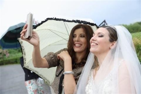 La sposa e la wedding planner : The bride  and the wedding planner