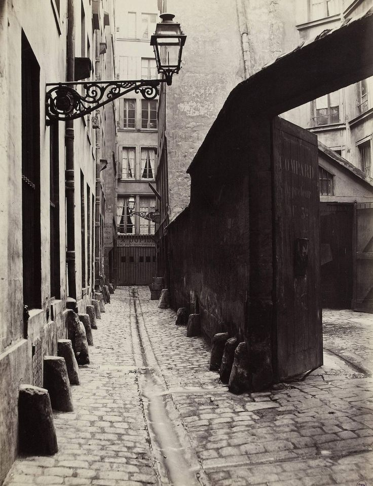 Impasse de la Bouteille from the rue Montorgueil, 1865–68. | These Intriguing Photos From The 1860s Show A Paris That No Longer Exists