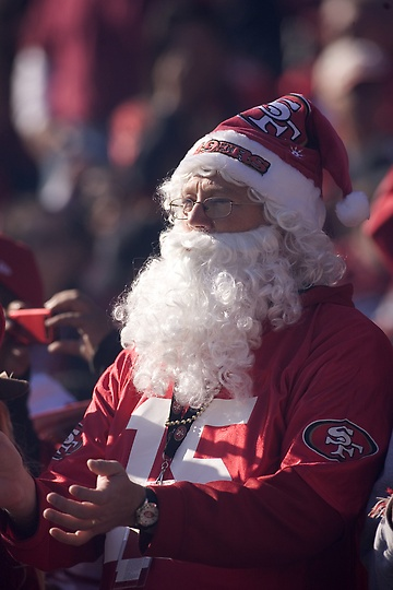 12/4/11: Christmas came early for 49ers as they clinch the NFC division with a 26-0 win over the St. Louis Rams.